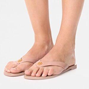 Tory Burch Shoes - 🌸Tory Burch Monroe Thong Light Makeup 9.5